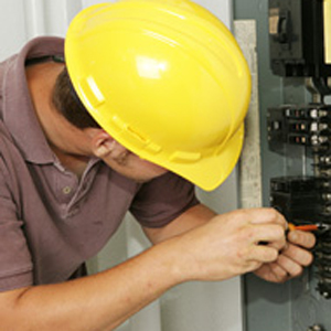 Hardhat circuit box fix electrician